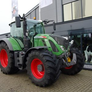 Fendt-724-profi-plus-2